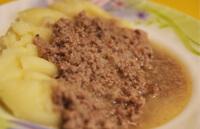 Мясо молотое с картофельным пюре для ребенка