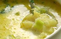 Картофельный суп со шпинатом и щавелем для ребенка