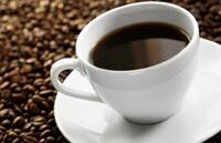 От варикоза пейте меньше кофе, чая и других напитков.