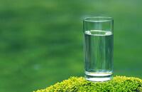 Чистая вода.