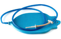 Клизменные процедуры для очистки организма при псориазе.