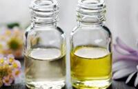 Календула, оливковое масло и масло орегано для лечения псориаза.