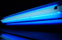 "Очень мощная лампа ""Very High Output"" (VHO) дневного света"