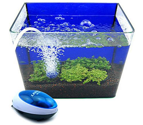 Компрессор аквариумный или воздушный насос для аквариума.